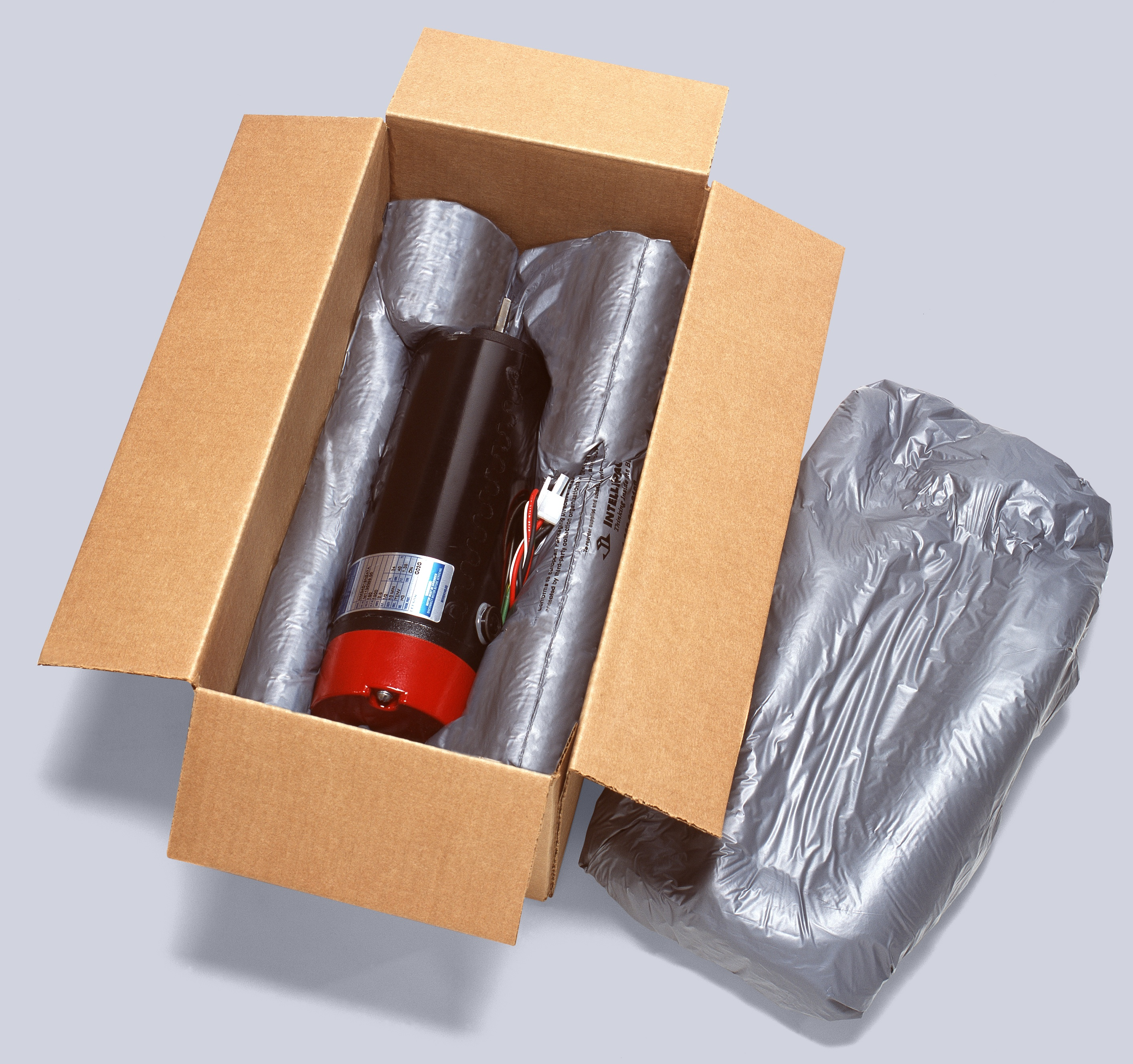 Today, the most cost-effective and time-efficient void fill packaging technologies simplify the packaging process, reduce costs, and increasing productivity.